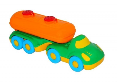 Babyflitzer mit Tankwagen