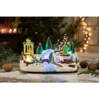 Hellum LED-Weihnachtsdorf mit fahrendem Zug, Batteriebetrieb