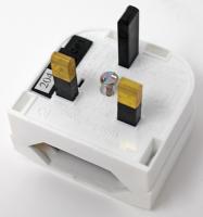Adapterstecker für Großbritannien, Weiß für Alle Eurostecker 2,5 A